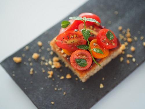 ⑧《親子コース》色鮮やかな夏野菜のオープンサンド イメージ